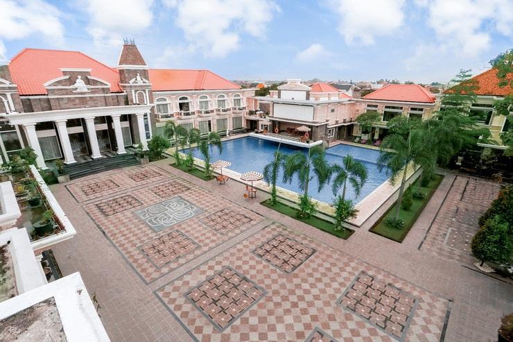 Adhiwangsa Hotel Solo - Exterior