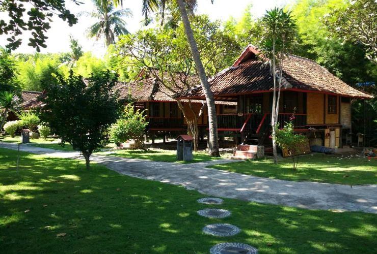 Pantai Kencana Hotel Sumbawa - Exterior