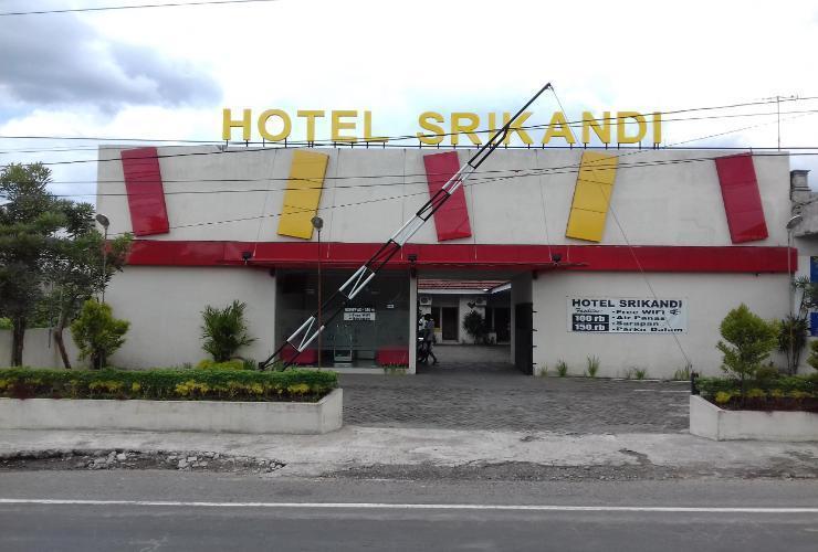 Hotel Srikandi Delanggu Klaten - Facade