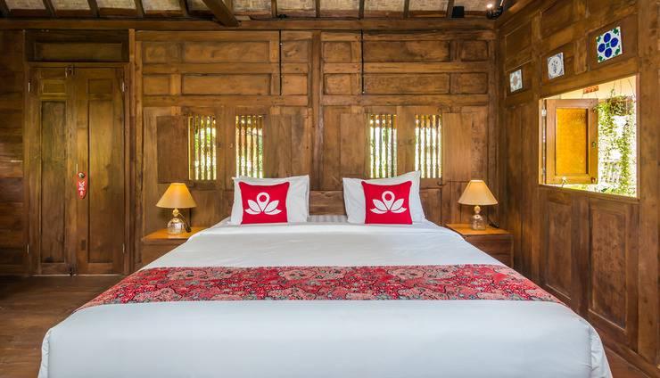 ZEN Premium Ubud Lod Tunduh Bali - Tampak tempat tidur double