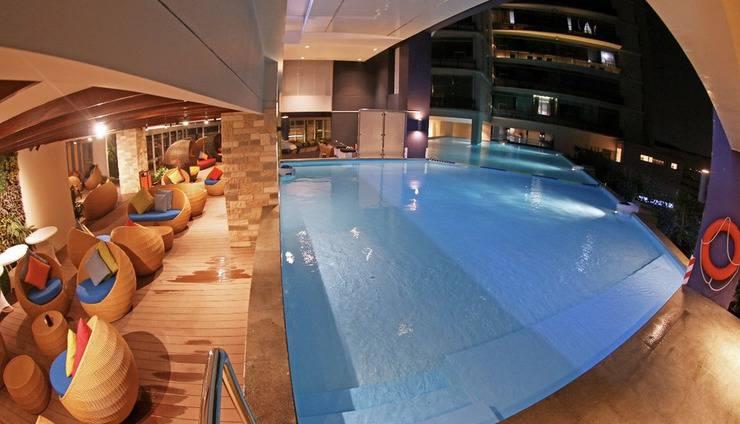 Marc Hotel Passer Baroe at Pasar Baru Mansion Jakarta - pool1