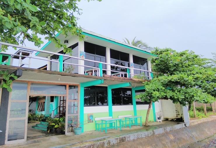Guest House D'Makmoer Belitung - Exterior