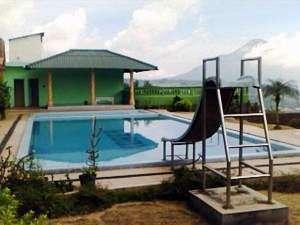Villa Sinar Patung Kuda Pasuruan -