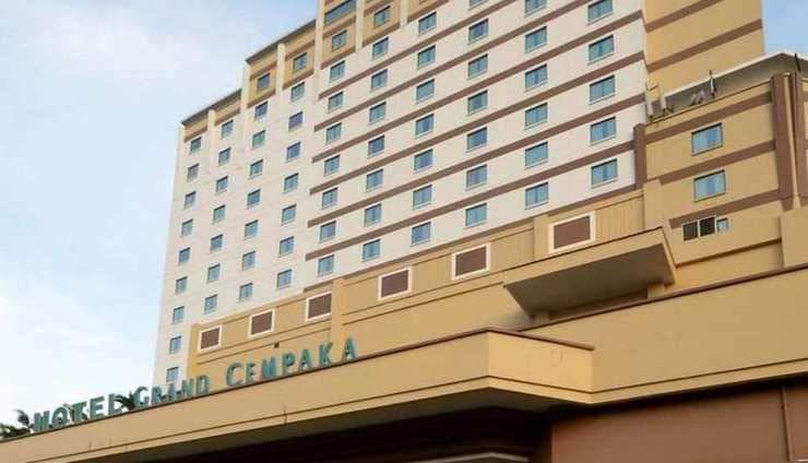 Grand Cempaka Jakarta - Tampilan Depan Hotel