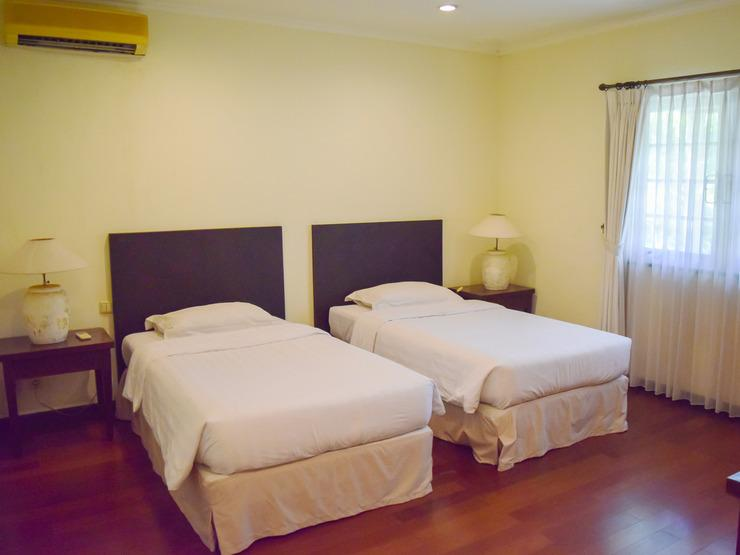 Graha Residen Surabaya - Bedroom