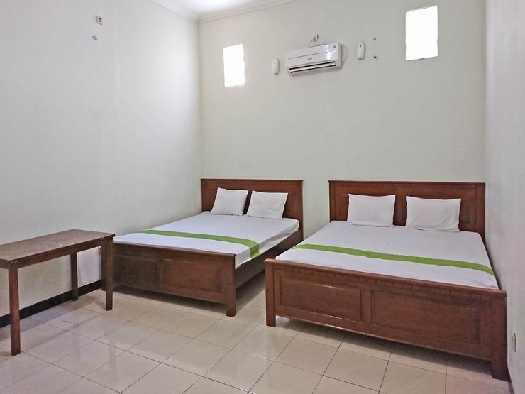 OYO 2511 Karimun Indah Guest House Jepara - Guestroom DF