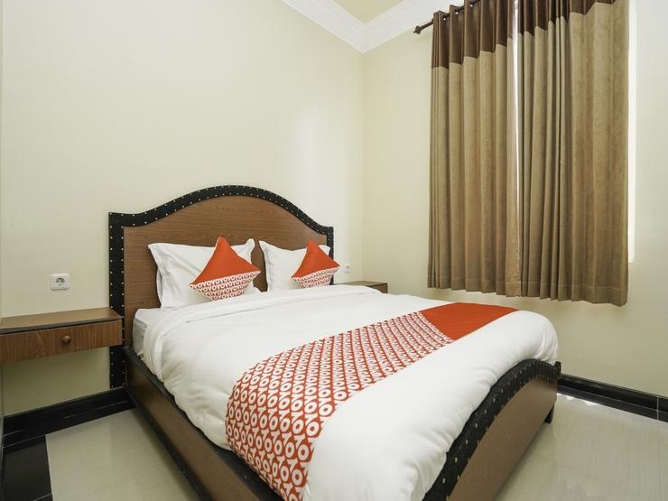 OYO 2680 Zeidan House Syariah Surabaya - Guestroom S/D