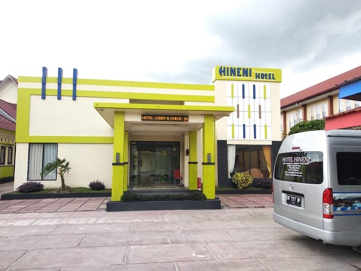 Hotel Hineni Tapanuli Utara - Exterior
