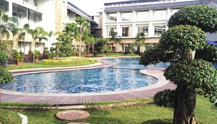 Swiss-Belhotel  Banjarmasin - Pool