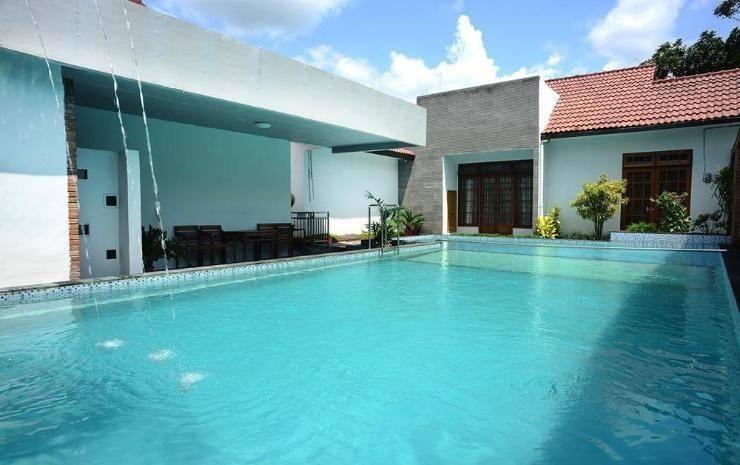 Hotel Kusuma  Yogyakarta - Pool