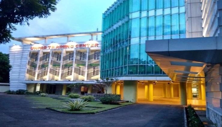 UTC Hotel Dago Bandung Bandung - Exterior