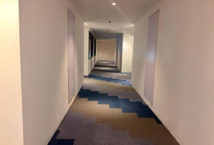 Arnava Hotel Senen Jakarta - Corridor