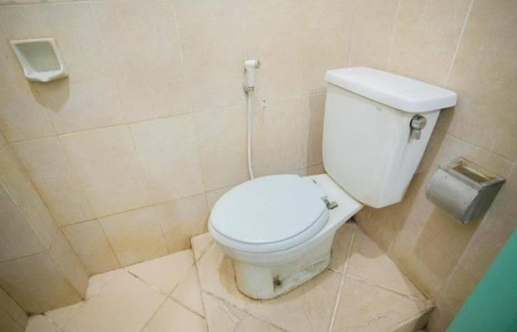 Hotel Mesir Surabaya - Kamar mandi