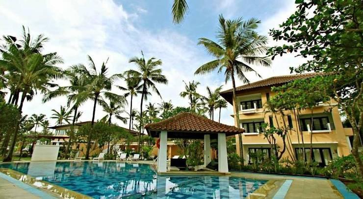 Legong Keraton Beach Hotel Bali - Kolam Renang