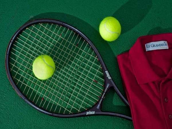 Le Grandeur Balikpapan - Tenis
