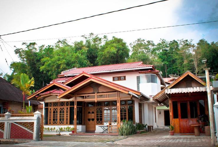 Bamboosa Guest House Bukittinggi - Facade