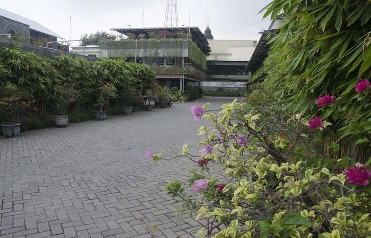 RedDoorz near Pakuwon Trade Center Surabaya - Eksterior