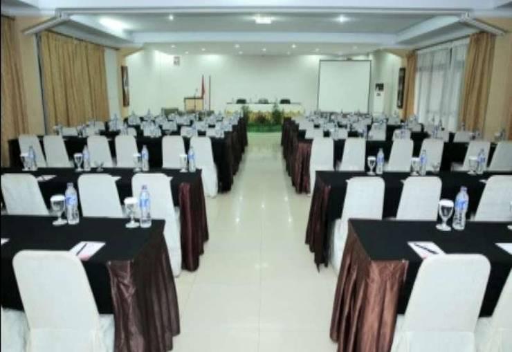 Rizen Premiere Hotel Bogor - Meeting Room