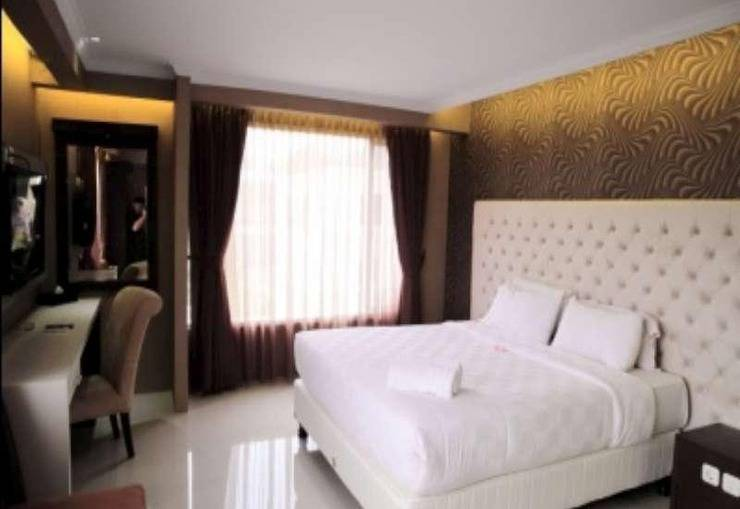 Rizen Premiere Hotel Bogor - Executive King