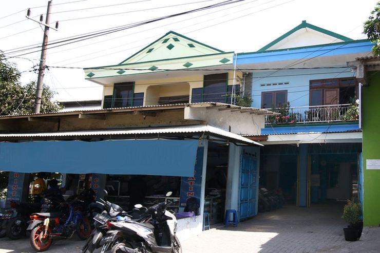 Medokan House Syariah Surabaya - Exterior