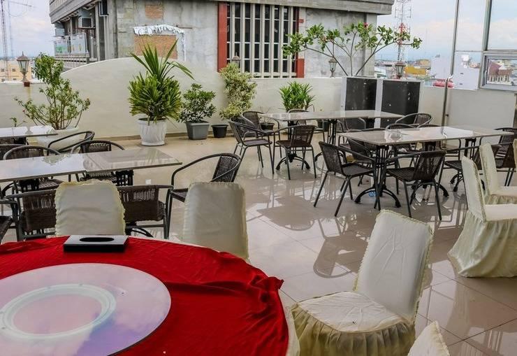 NIDA Rooms Railway Median Kantor Post Medan - Restoran