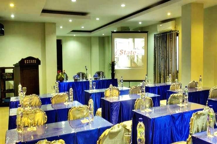 Estate Hotel Kendari - Ruang Rapat