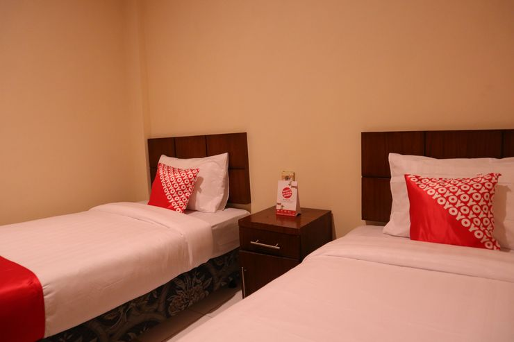 OYO 1305 Hotel Al-Ghani Padang - Bedroom