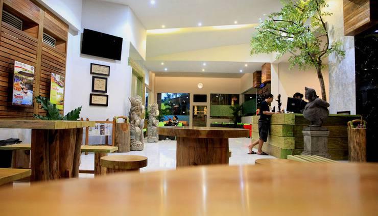 Bukit Daun Hotel and Resort Kediri - lobi