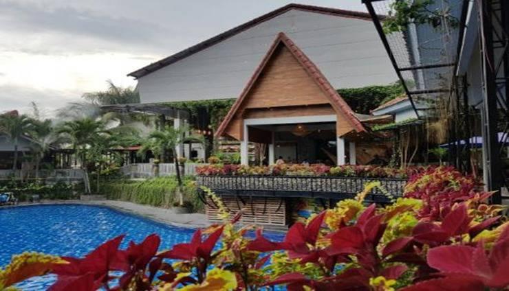Bukit Daun Hotel and Resort Kediri - Faced