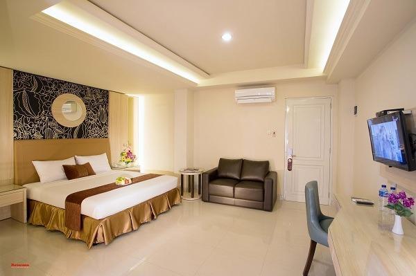 Hotel Grand Rosela Yogyakarta - super deluxe king bed