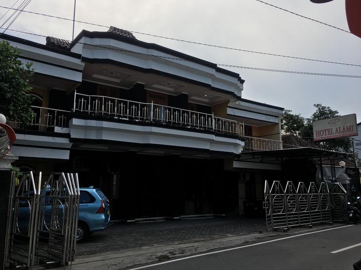 Hotel Alami Klaten - Exterior