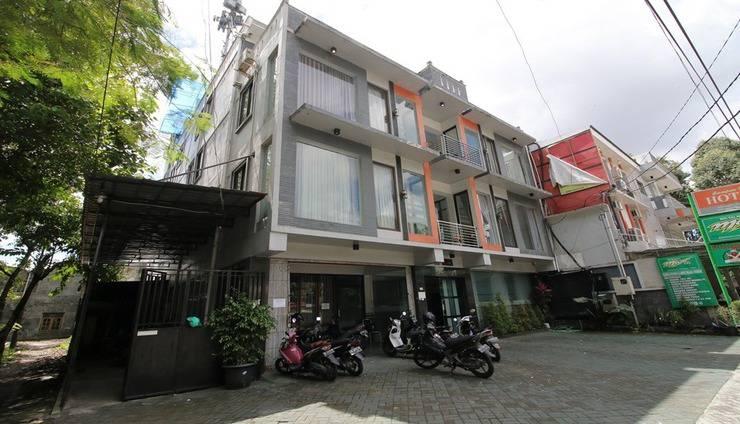 RedDoorz Plus near Universitas Negeri Yogyakarta Yogyakarta - Exterior
