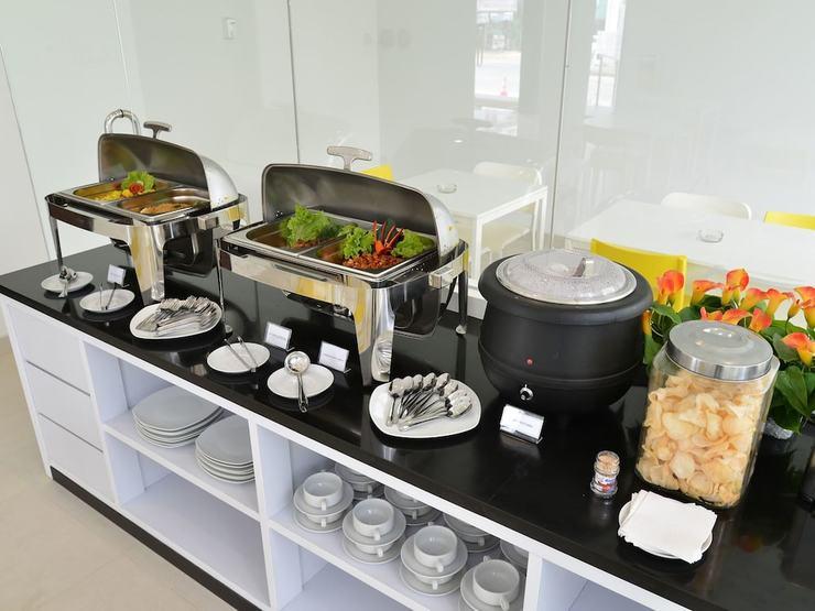 Everyday Smart Hotel Mayestik - Breakfast Area