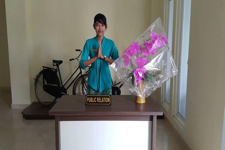 Ambulu Hotel Jember - Sambutan