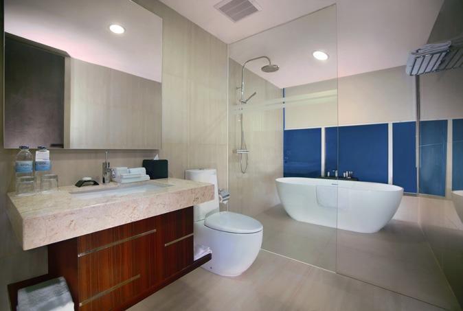 Aston Madiun Hotel Madiun - Junior Suite Bathroom