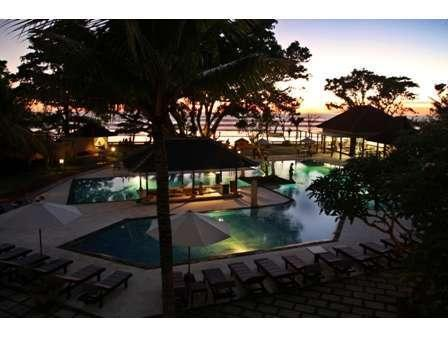 Puri Saron Hotel Seminyak - Pool Area