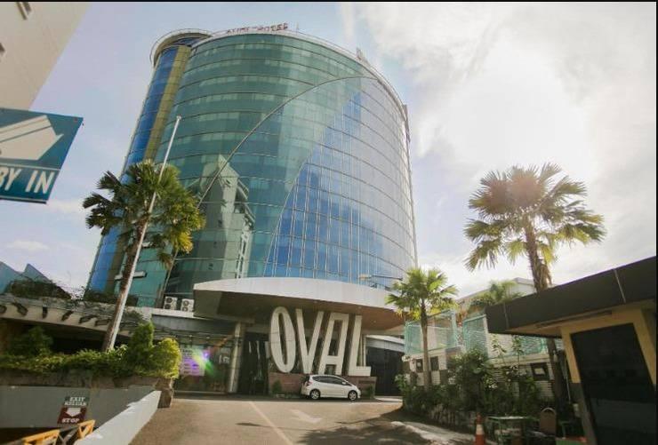 Oval Hotel Surabaya - Tampak Depan