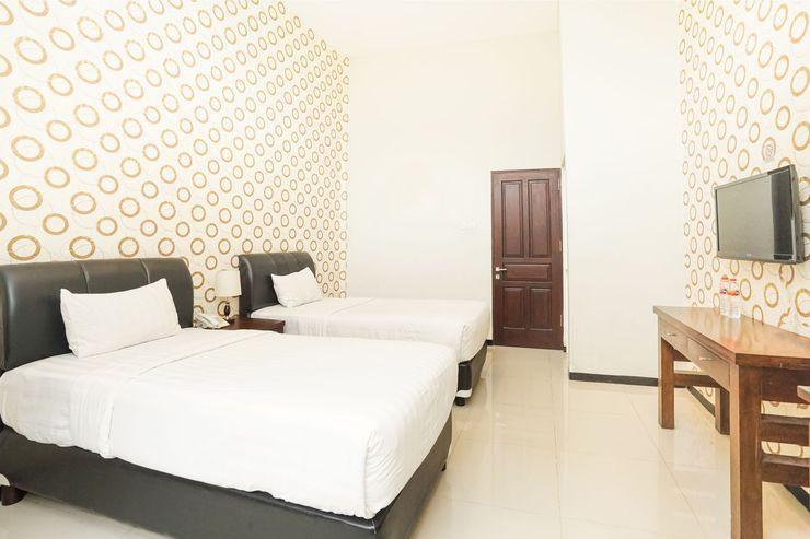 Putri Utari Guest House (not active) Malang - Bedroom