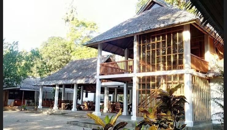 Jonaths Cottage Bunaken Manado - Featured Image