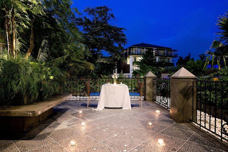 Sol House Bali Legian Bali - Restaurant