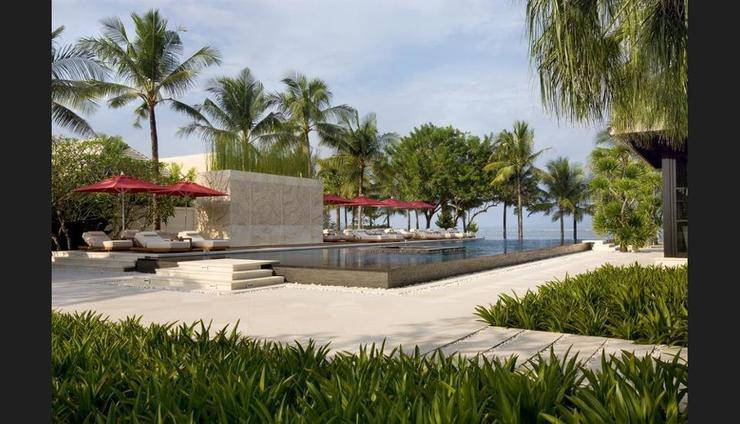 The Royal Santrian Bali - Featured Image