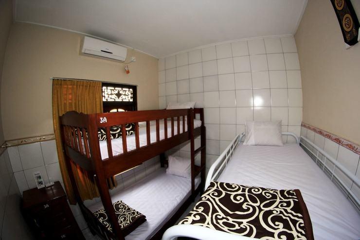 Gong Corner Guesthouse 2 - Hostel Bali - Guestroom