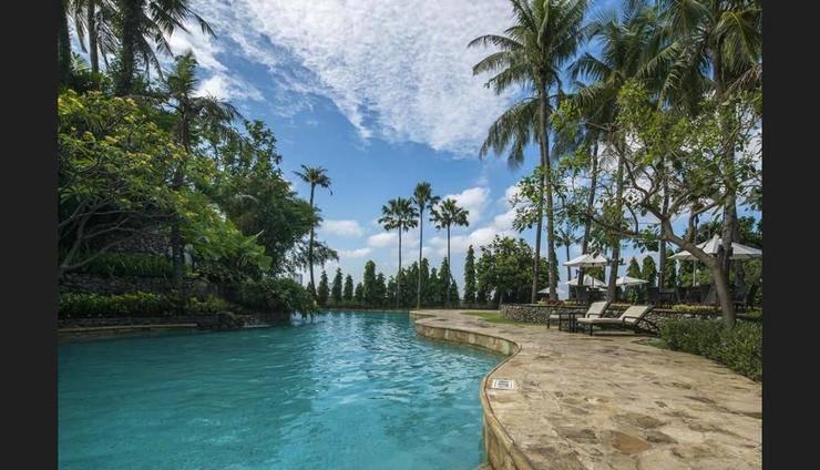 JW Marriott Surabaya - Outdoor Pool