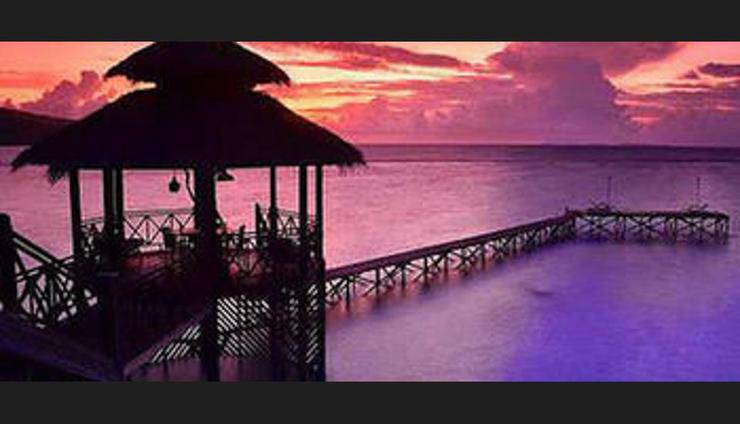 Breve Azurine Lagoon Retreat Karimun Jawa - Property Grounds