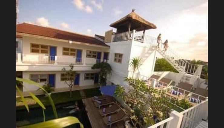 The Island Hotel Bali - Hostel Bali - Featured Image