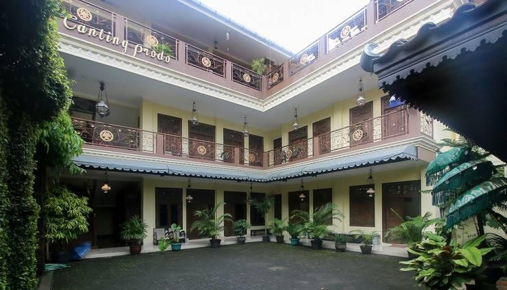 RedDoorz Plus @ Maguwo Yogyakarta - Exterior