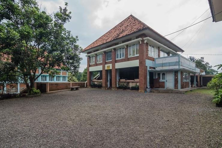 RedDoorz Syariah @ Cisarua Puncak Bogor - Exterior