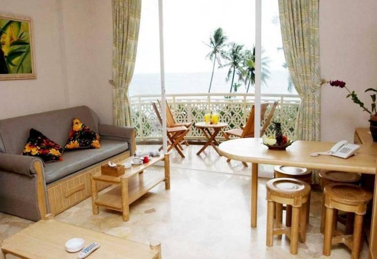 Hawaii Resort Family Suites Anyer - Kamar