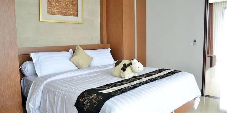 4 BR Pool Villa Dago, Mountain Views Bandung -