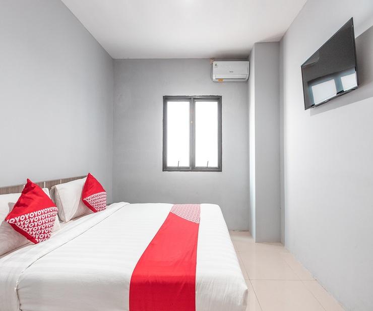 OYO 1329 Tanjung Pakuan Bogor - Bedroom S/D